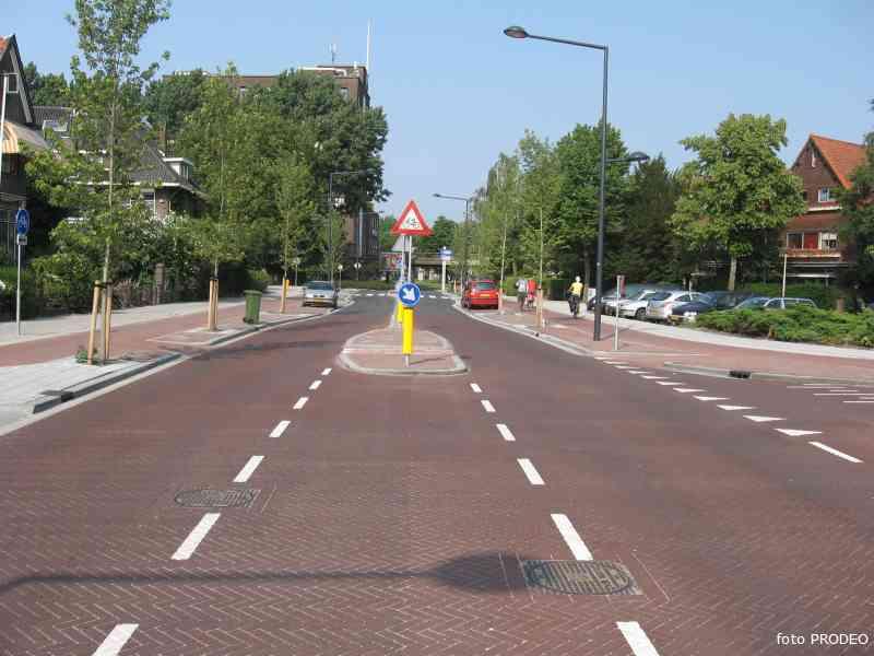 delft http://www.politiekdelft.nl/ruys_de_beerenbrouckstraat_000_2007-06-11%20@17-20-39_a.jpg